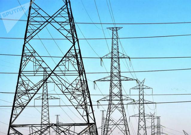 俄罗斯学者们找到把输电线上电能损失减少40%的方法