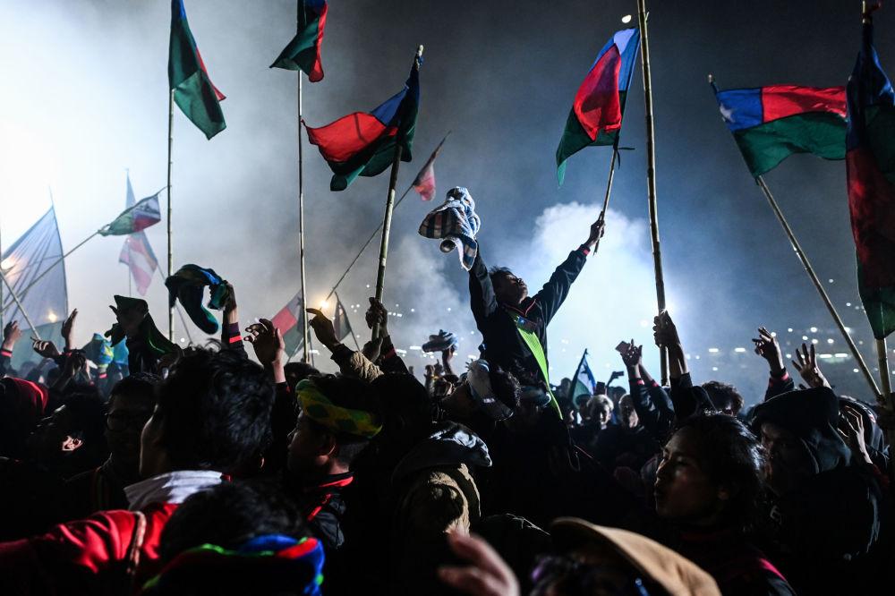 緬甸「光明節」的參與者