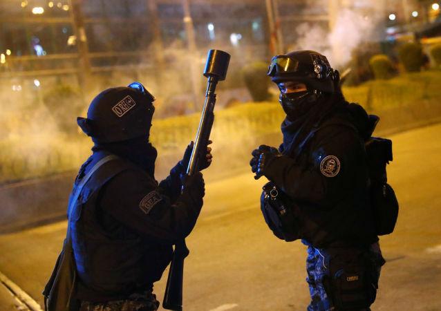玻利維亞警察