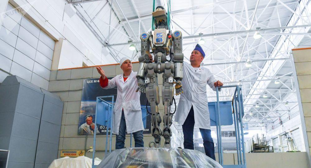俄航天集团开始研制第一个太空舱外工作机器人