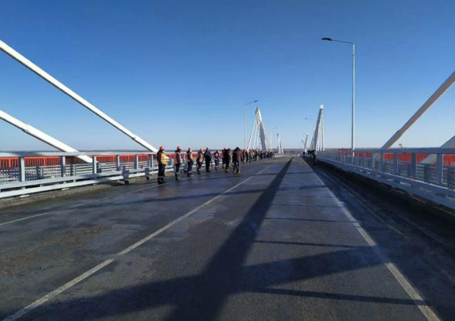 俄中布拉戈維申斯克-黑河界河公路大橋俄方段全部竣工 預計明年春季開通