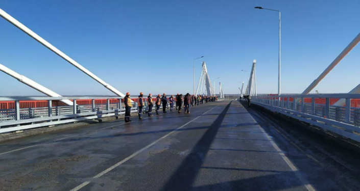 俄中布拉戈维申斯克-黑河界河公路大桥俄方段全部竣工 预计明年春季开通