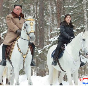 一起骑马:国家元首夫人—骑马爱好者