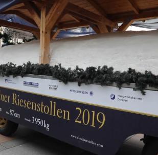 +德累斯頓舉行年度遊行 展示傳統巨型甜麵包