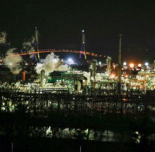 法國道達爾公司煉油廠發生大火