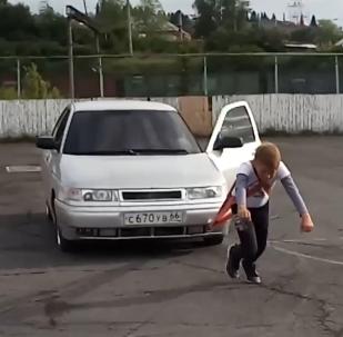 俄羅斯11歲「大力士」